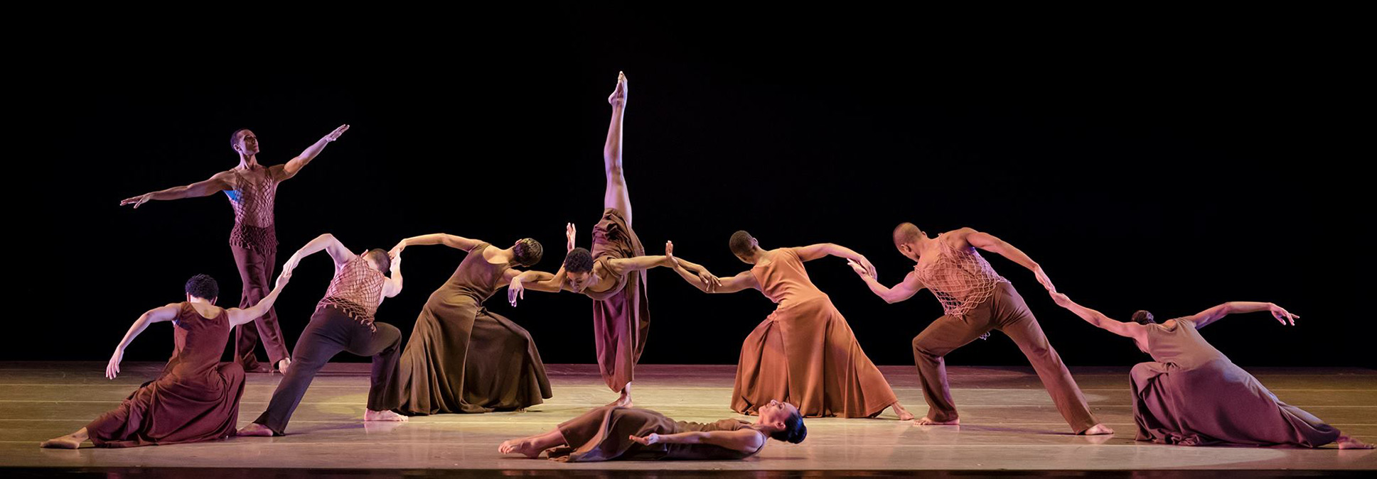 ALVIN AILEY AT THE MARCUS PERFORMING ARTS CENTER IN MILWAUKEE